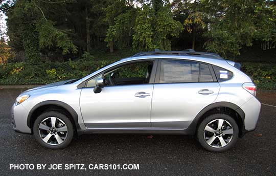 side view 2016 subaru crosstrek hybrid touring ice silver shown. Black Bedroom Furniture Sets. Home Design Ideas