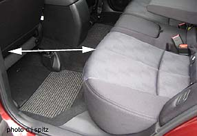 2010 subaru forester specs images details prices. Black Bedroom Furniture Sets. Home Design Ideas