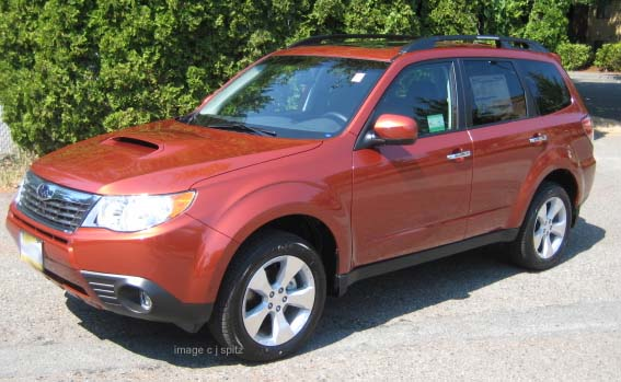 2010 Subaru Forester photos and images