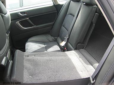 2008 and 2009 Subaru Legacy Photographs inside the car