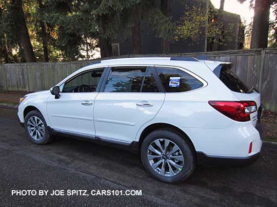 2017 Subaru Outback Touring Model Crystal White Color