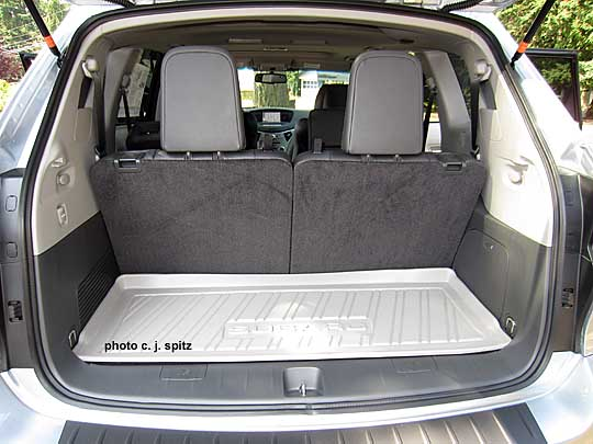 subaru tribeca cargo area with 3rd row seat. Black Bedroom Furniture Sets. Home Design Ideas