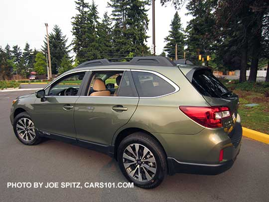 Side View Wilderness Green 2016 Subaru Outback Limited 18 Alloy Wheels
